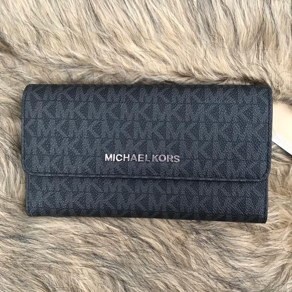 45104aebe618 MICHAEL Michael Kors Bags   Michael Kors Jet Set Travel Signature ...